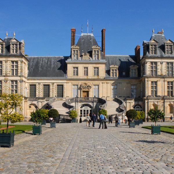 Un séminaire à Fontainebleau entre nature et châteaux
